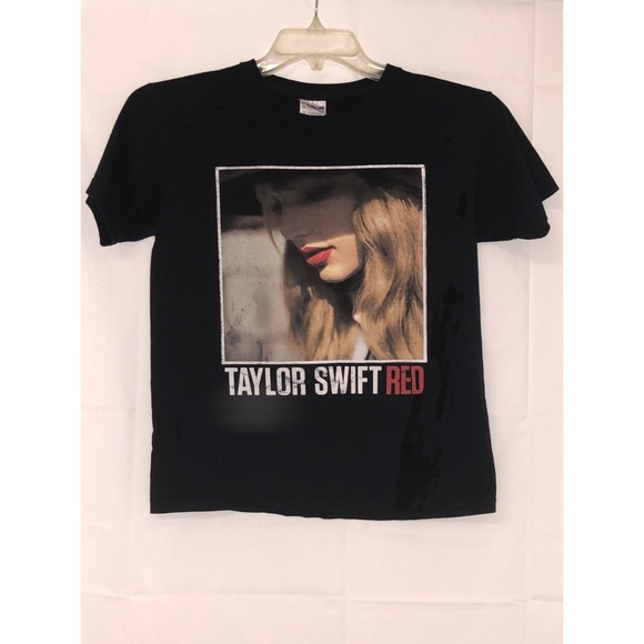 09f913dd9 Taylor Swift Tops | Red Graphic Band Concert Tee T Shirt | Poshmark